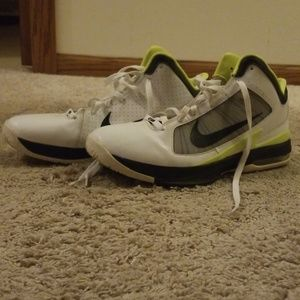 Nike size 12 Flywire